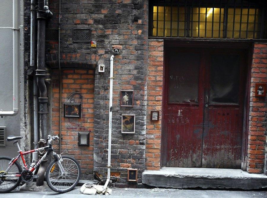 Andrew Follows. 'Laneway, Melbourne' 2008