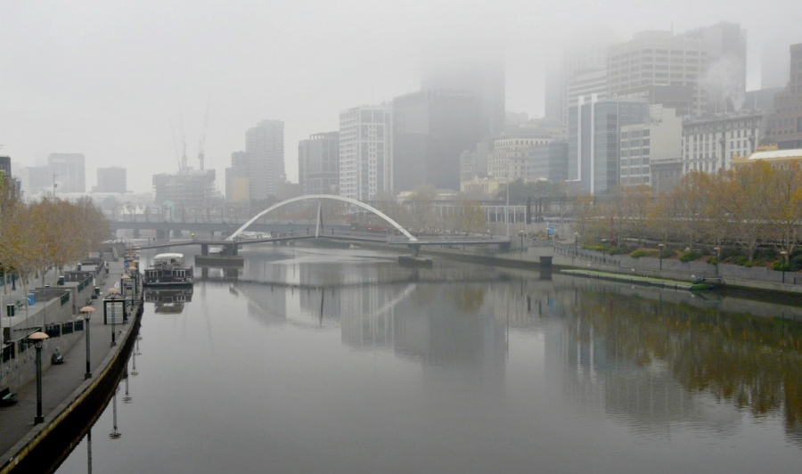 Andrew Follows. 'Melbourne mist' 2008