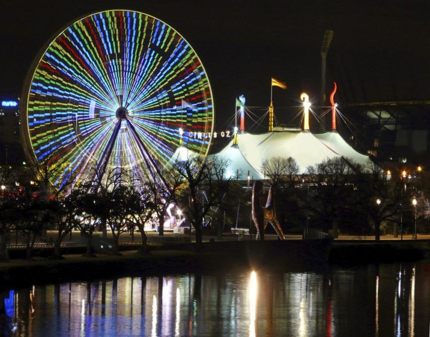 Andrew Follows. 'Ferris Wheel, Yarra River, Melbourne' 2009